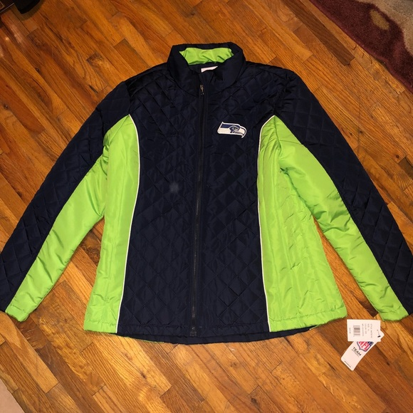 a9978cc5 Seattle Seahawks XL quilted jacket Women NWT NWT